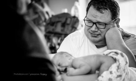 Emotional Photos Of Parents Meeting Their Rainbow Baby Is Melting Hearts Everywhere