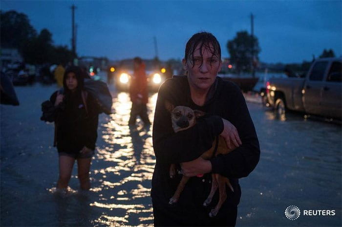 15 Heartbreaking Photos That Show The Devastating Effects Of Hurricane Harvey In Texas