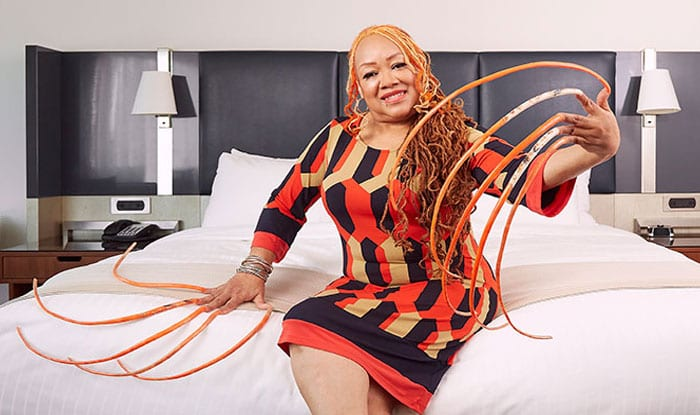 Woman With The Longest Fingernails Has Been Growing Her Nails For 23 Years