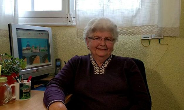 87-Year-Old Grandma Creates Breathtaking Artwork On Microsoft Paint